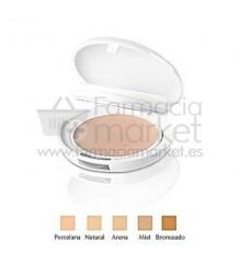 Avene Couvrance Crema compacta oil free SPF30 Porcelana 01
