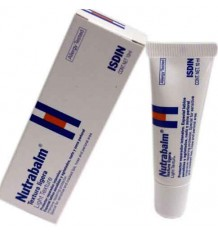 nutrabalm lip balm a lightweight texture