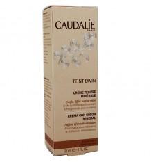Caudalie Teint Divin Creme-Farbe Mit Dunkler Haut